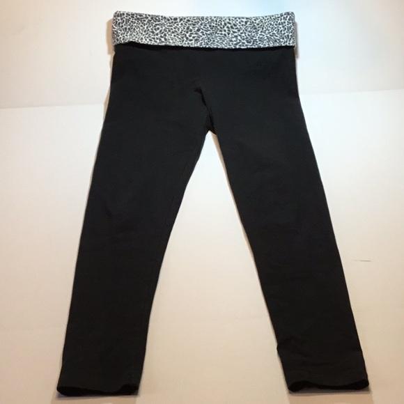 839b79fc95d820 Victoria's Secret Pants | Victoria Secret Yoga Size Small Short ...